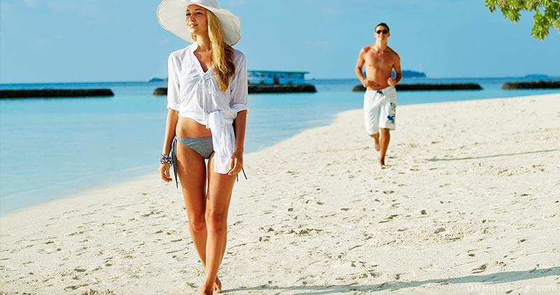 Девушка на острове фото